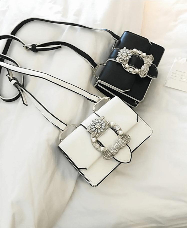 Biała Torebka z Kryształową Ozdobą Secret Wish Boutique-2