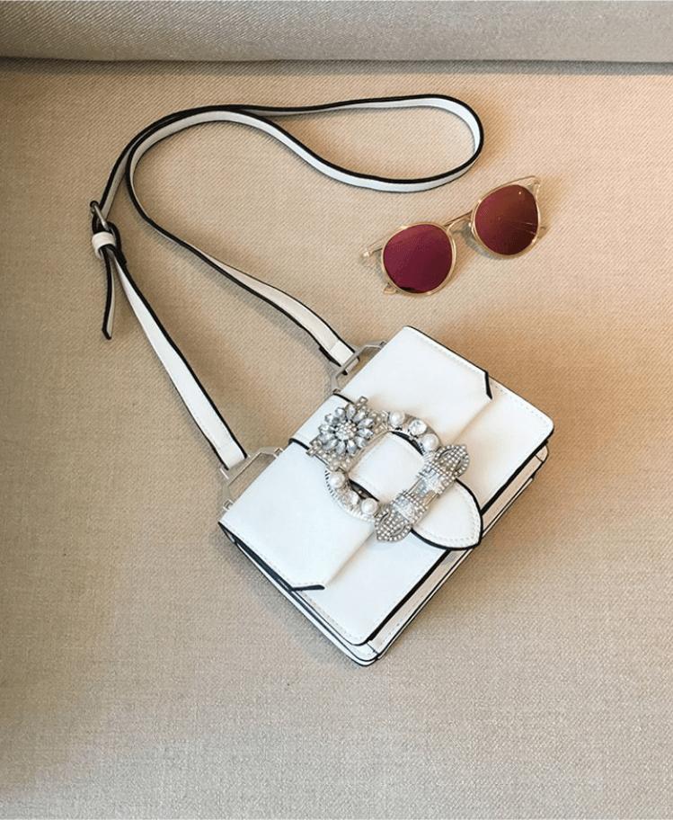 Biała Torebka z Kryształową Ozdobą Secret Wish Boutique-3
