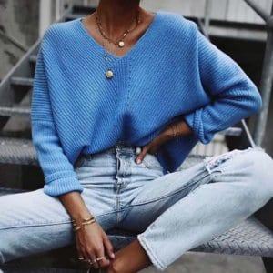 Jaki Wybrać Sweter na Jesień! Niebieski Sweter Damski z z Długim Rękawem