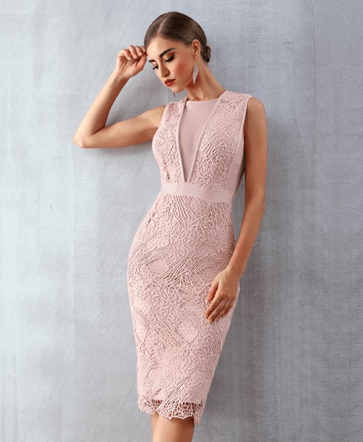 Sukienka Koronkowa Pudrowy Róż Bez Rękawów Midi Secret Wish Boutique (1)