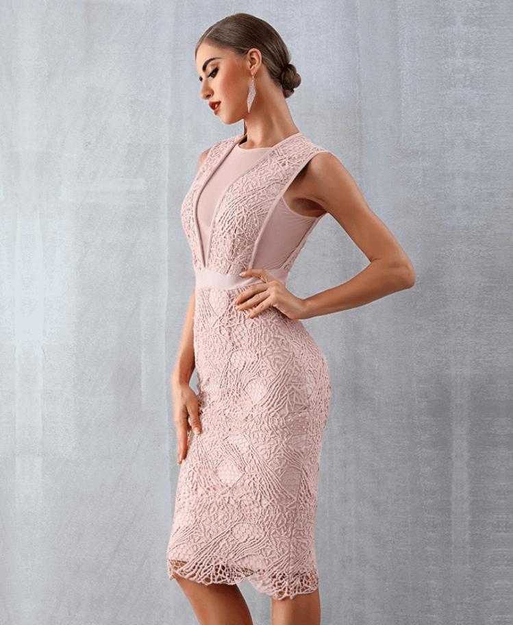 Sukienka Koronkowa Pudrowy Róż Bez Rękawów Midi Secret Wish Boutique (2)