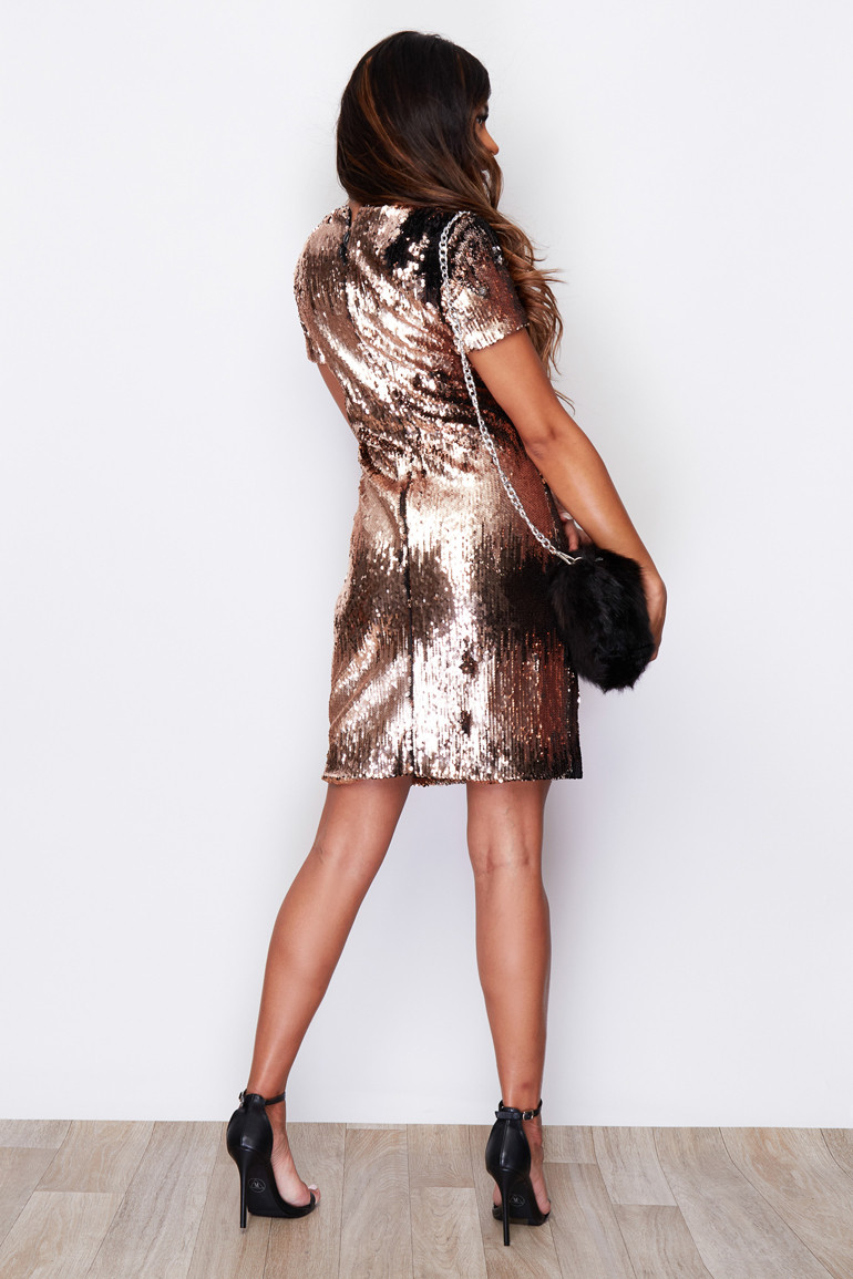 Secret Wish Boutique Sukienka Złota w Cekiny z Krótkim Rękawem Mini_01