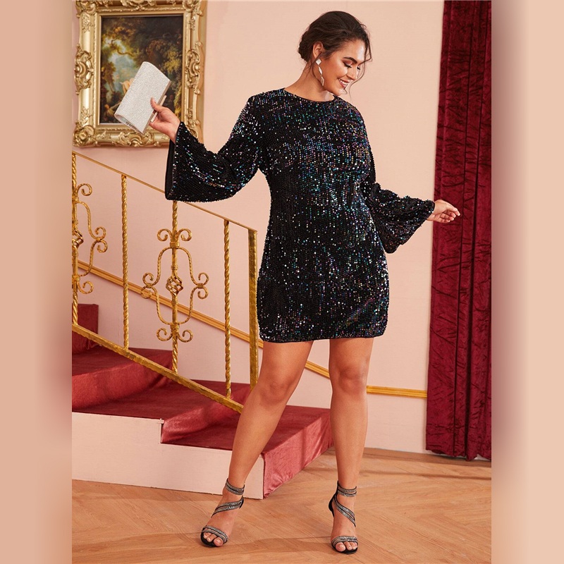 Secret Wish Boutique Sukienka Czarna w Cekiny z Długim Rękawem Mini