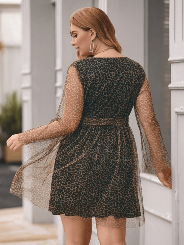 Sukienka w Panterkę Plus Size z Długim Rękawem Mini_01