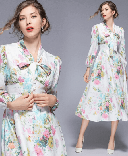 Sukienka Granatowa Biała w Kwiaty z Długim Rękawem Midi