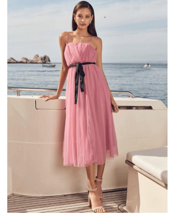 Secret Wish Boutique Sukienka Tiulowa Pudrowy Róż na Ramiączkach Midi za Kolano (3)