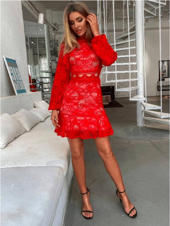 Secret Wish Boutique Sukienka Koronkowa Czerwona z Długim Rękawem Mini (1)