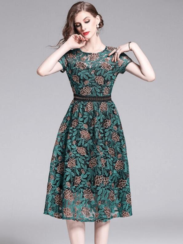 Secret Wish Boutique Sukienka Koronkowa Zielona z Krótkim Rękawem za Kolano Midi (1)