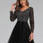 Lonitta Sukienka Rozkloszowana Czarna w Cekiny z Długim Rękawem Mini