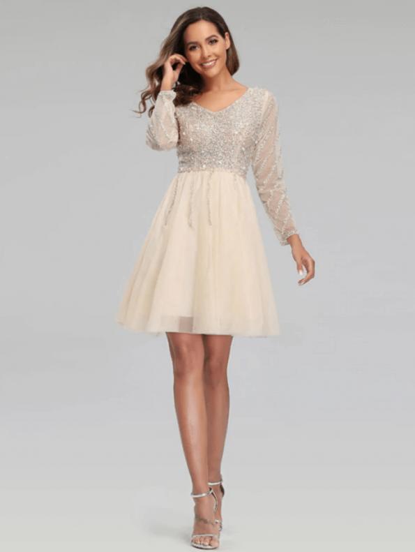 Secret Wish Boutique Sukienka Ecru w Cekiny z Długim Rękawem Mini (2)