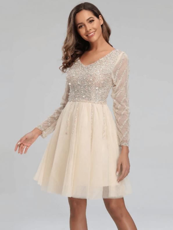 Secret Wish Boutique Sukienka Ecru w Cekiny z Długim Rękawem Mini