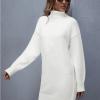 Balliana Sukienka Sweterkowa Biała