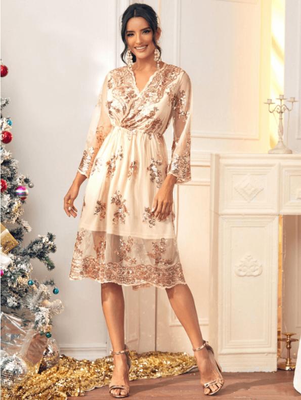 Secret Wish Boutique Sukienka Złota w Cekiny z Długim Rękawem Midi (1)