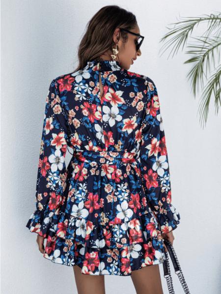 Remmis Sukienka w Kolorowe Kwiaty