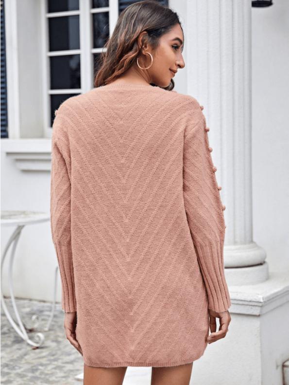 Secret Wish Boutique Sweter Pudrowy Róż z Pomponami z Długim Rękawem Mini (3)