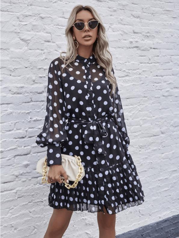 Secret Wish Boutique Sukienka Czarna w BIałe Kropki z Długim Rękawem Mini (2)