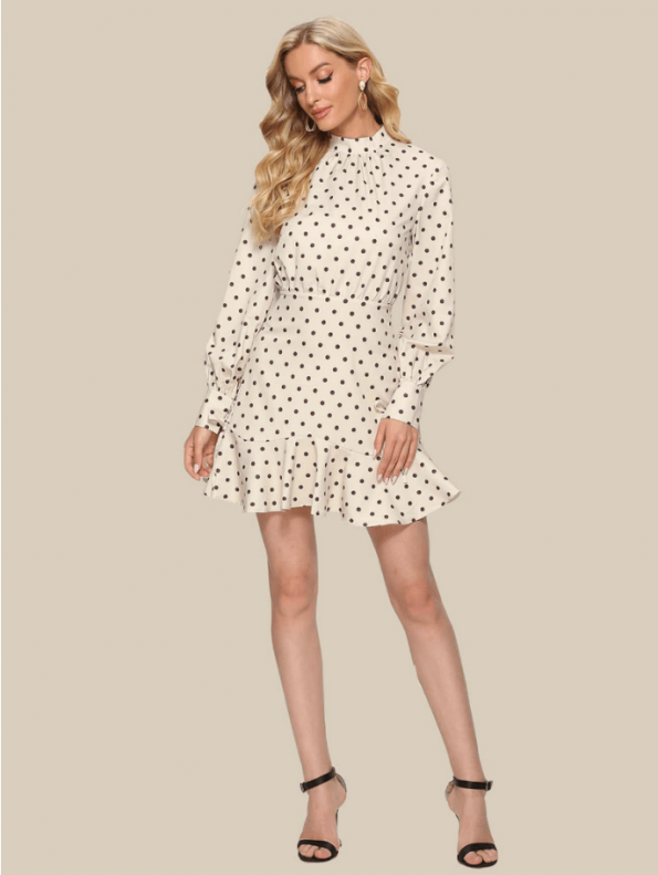 Secret Wish Boutique Sukienka Ecru w Czarne Kropki Falbanka Mini (3)