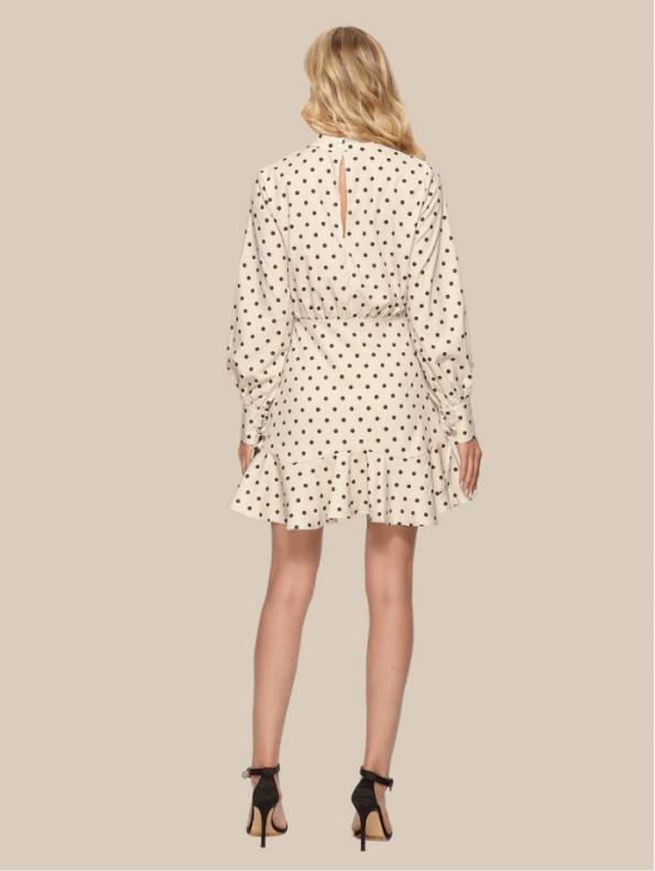 Secret Wish Boutique Sukienka Ecru w Czarne Kropki Falbanka Mini (5)