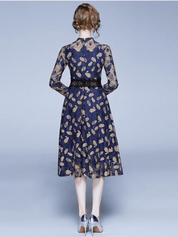 Secret Wish Boutique Sukienka Granatowa Haftowana w Złote Listki