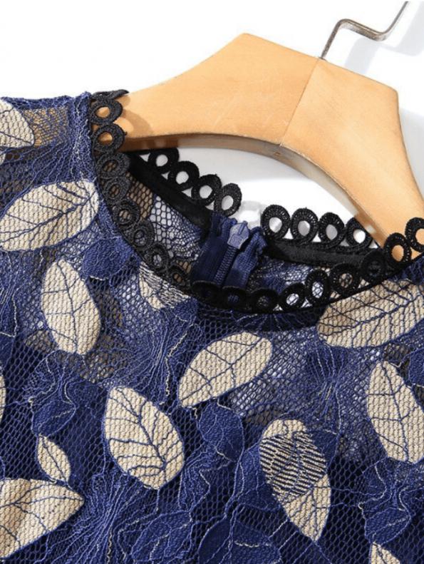 Secret Wish Boutique Sukienka Granatowa Haftowana w Złote Listki (2)