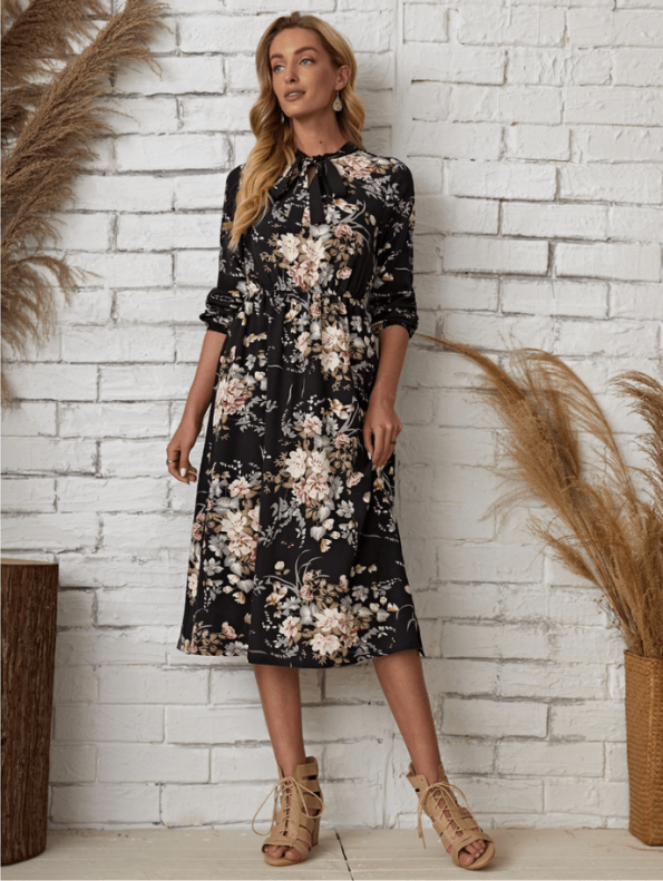 Secret Wish Boutique Sukienka Granatowa w Kwiaty Długi Rękaw Midi (1)