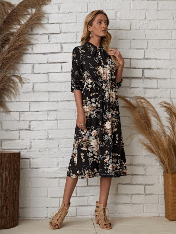 Secret Wish Boutique Sukienka Granatowa w Kwiaty Długi Rękaw Midi (2)