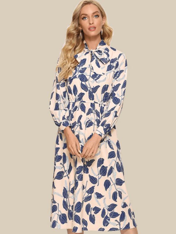 Secret Wish Boutique Sukienka Kremowa w Niebieskie Kwiaty z Długim Rękawem Midi