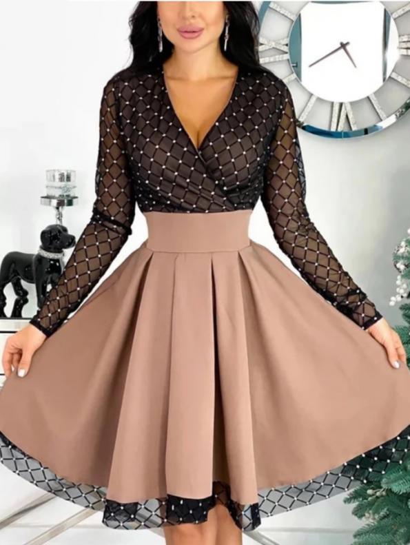 Secret Wish Boutique Sukienka Rozkloszowana Beżowa Perełki z Długim Rękawem Mini
