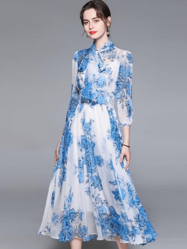 Secret Wish Boutique Sukienka Niebieska w Kwiaty z Długim Rękawem Długa Maxi