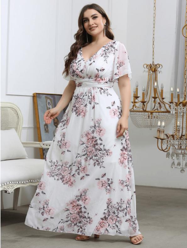 Secret Wish Boutique Sukienka Plus Size Biała w Kwiaty z Krótkim Rękawem Maxi