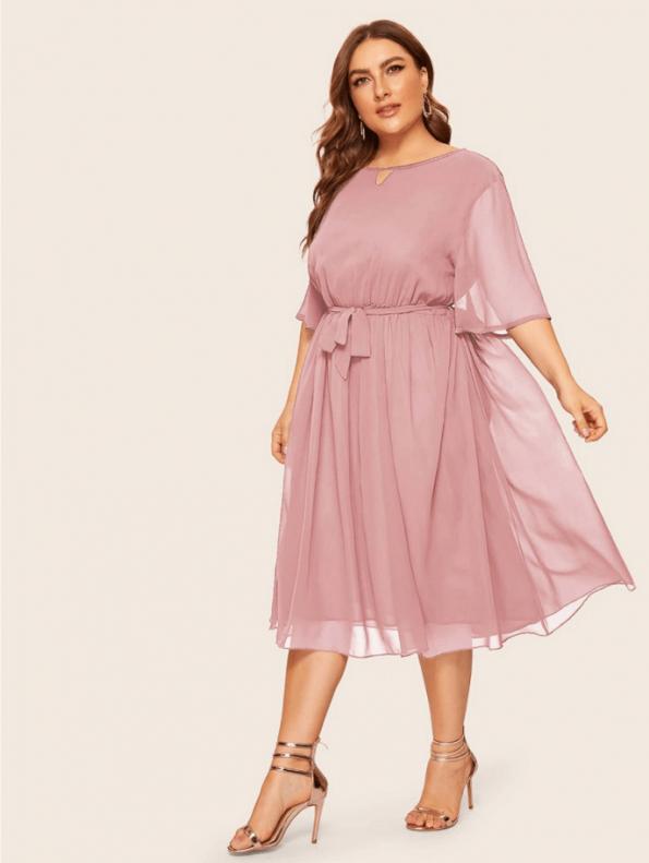 Secret Wish Boutique Sukienka Pudrowy Róż z Krótkim Rękawem Plus Size Midi (2)
