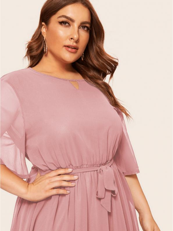 Secret Wish Boutique Sukienka Pudrowy Róż z Krótkim Rękawem Plus Size Midi