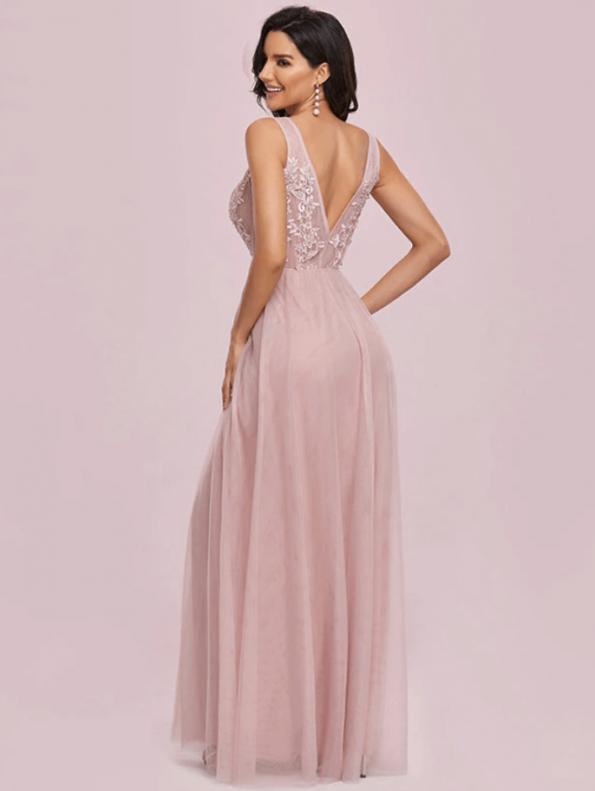 Secret Wish Boutique Sukienka Wizytowa Tiulowa Haftowana na Ramiączkach Długa Maxi (2)