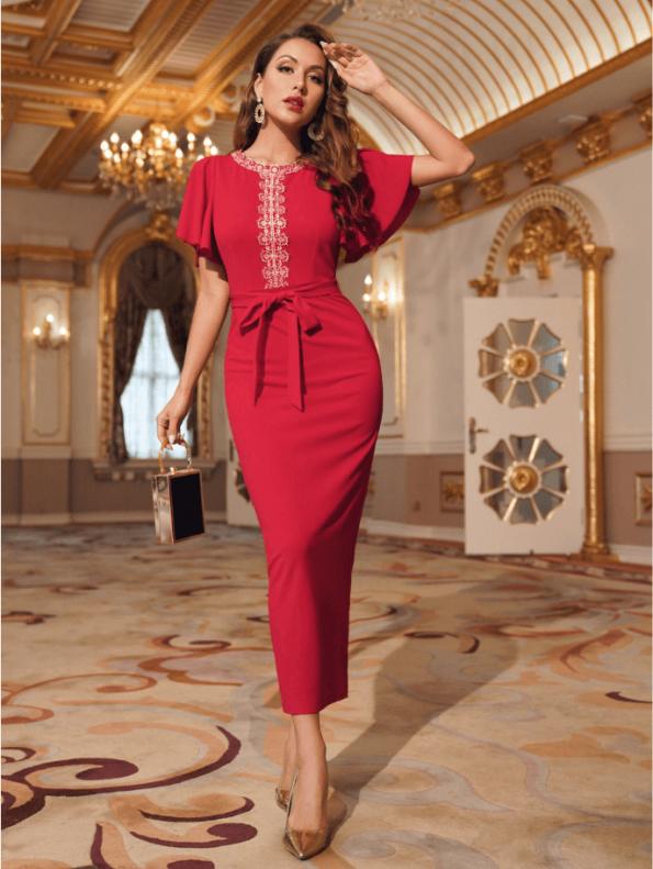Secret Wish Boutique Sukienka Koktajlowa Czerwona z Krótkim Rękawem z Haftem Midi (2)
