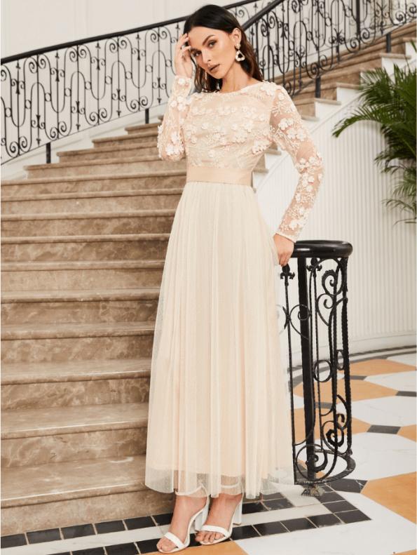 Secret Wish Boutique Sukienka Koronkowa Ecru Beżowa z Długim Rękawem Maxi (2)