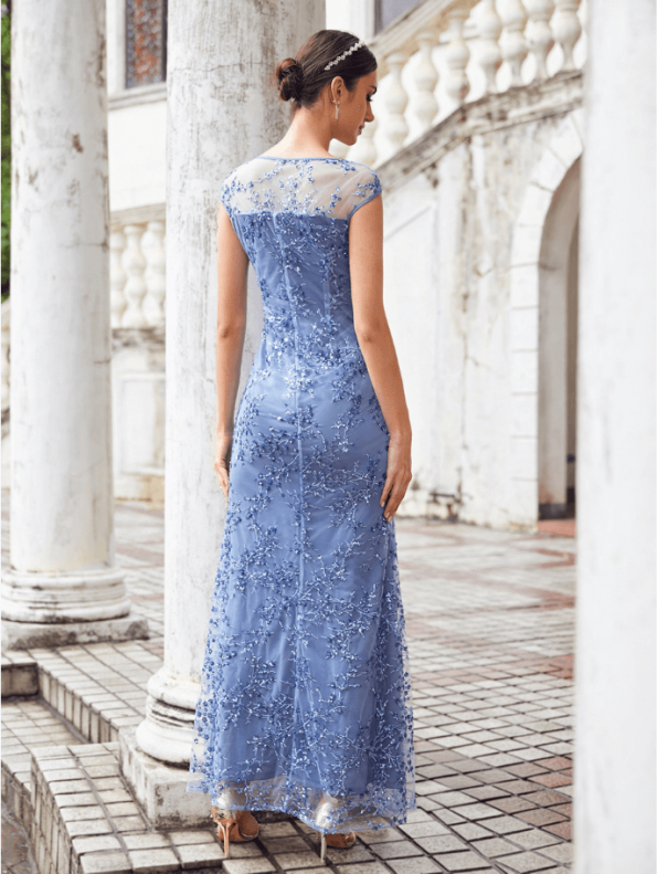 Secret Wish Boutique Sukienka Błękitna Niebieska Haftowana Bez Rękawów Maxi Długa