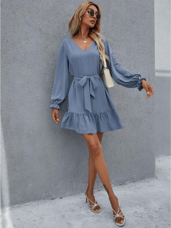 Secret Wish Boutique Sukienka Niebieska Błękitna Falbanka z Długim Rękawem Przewiązywana w Pasie (3)