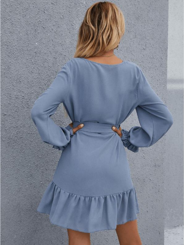 Secret Wish Boutique Sukienka Niebieska Błękitna Falbanka z Długim Rękawem Przewiązywana w Pasie