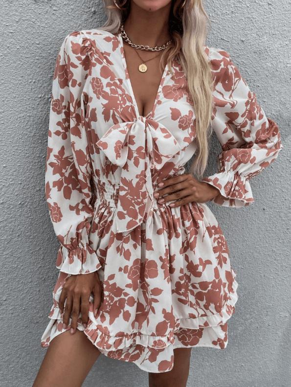 Secret Wish Boutique sukienka Biała w Pomarańczowe Kwiaty Falbanka Mini (1)