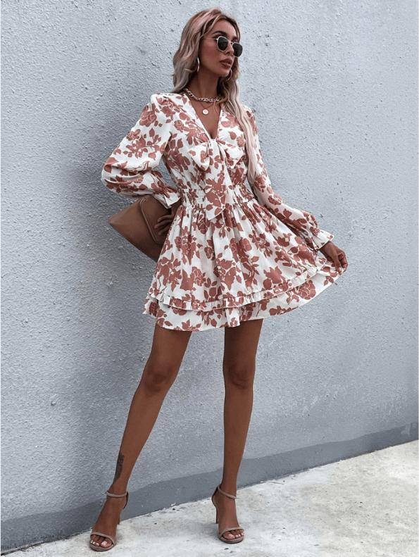 Secret Wish Boutique sukienka Biała w Pomarańczowe Kwiaty Falbanka Mini (3)
