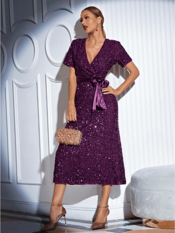 Secret Wish Boutique Sukienka w Cekiny z Krótkim Rękawem z Odsłoniętym Dekoltem Midi211
