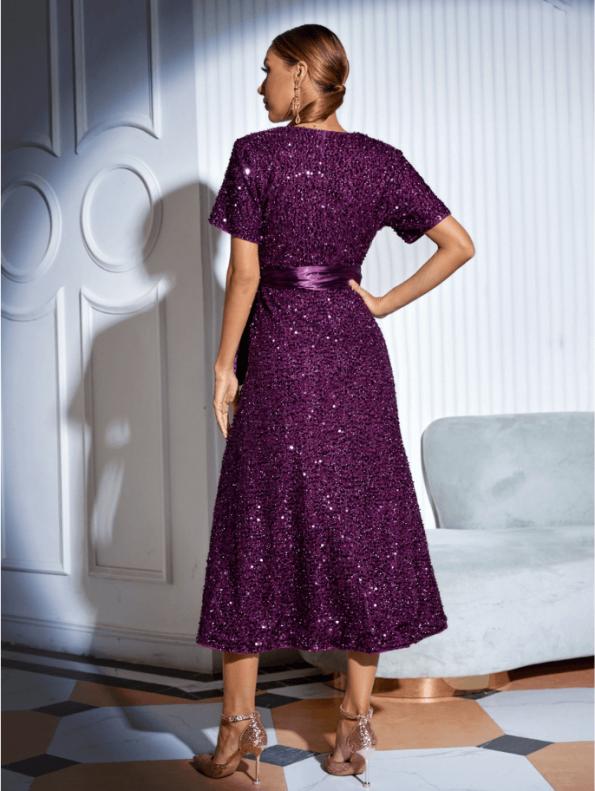 Secret Wish Boutique Sukienka w Cekiny z Krótkim Rękawem z Odsłoniętym Dekoltem Midi76